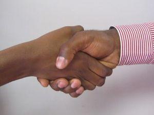 Les dirigeants de la CAE signent un accord sur l'établissement d'une union monétaire