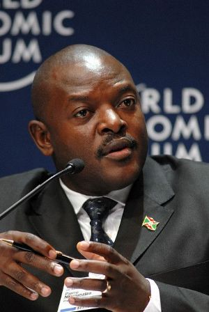 Visite au Burundi du Directeur exécutif du Fonds Mondial International, Moeketsi Majoro