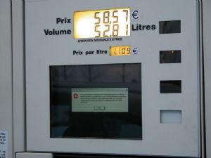 Le commerce des produits pétroliers de contrebande formellement interdit au Bénin