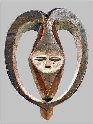 RDC: Deux oeuvres d'art volées à l'Institut des Musées nationaux du Congo sont restituées