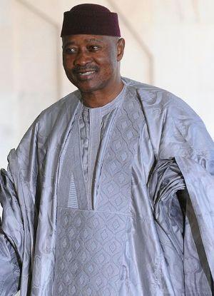 Mali : le retour de l'ex-président Amadou Toumani Touré effectif