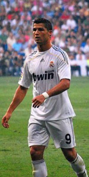 Palmarès dans le Ballon d'Or: Le Portugais Ronaldo se rapproche de Lionel Messi