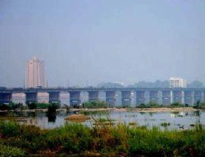 Côte d'ivoire: les travaux du quatrième pont d'Abidjan lancés