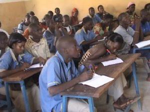 Ban Ki-moon appelle à l'innovation pour l'éducation des filles