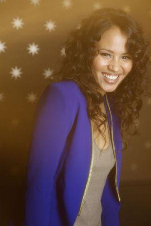 4e Album de Mayra Andrade : Lovely Difficult