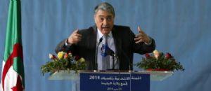 Portrait d'Ali Benflis, candidat aux élections présidentielles en Algérie