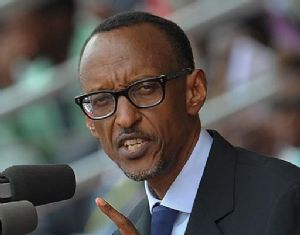 Rwanda Paul Kagamé est accueilli chaleureusement à son retour de Londres
