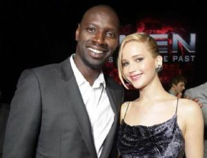 Omar Sy, la nouvelle star d'Hollywood s'affiche dans les bras de Jennifer Lawrence