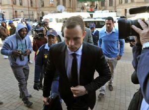 Afrique du Sud: le sort judiciaire de Pistorius tangue à nouveau