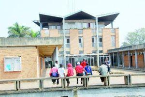 Madagascar : Un campus se transforme en champ de bataille