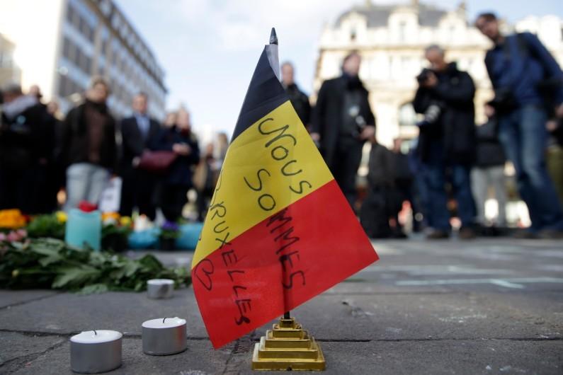 Attentats de Bruxelles: un nouveau bilan de 35 morts, 28 victimes identifiées