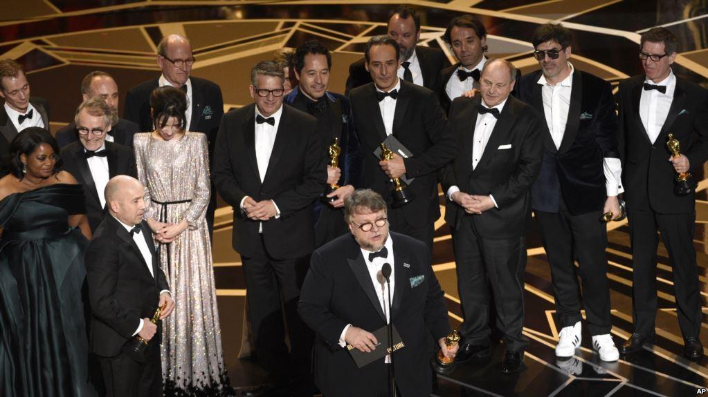 «La Forme de l'eau» triomphe lors d'Oscars marqués par les appels à l'inclusion
