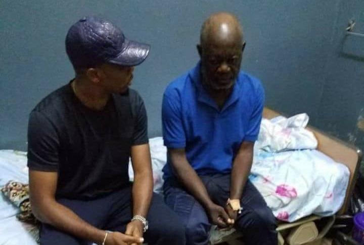 People/Humanitaire: Samuel Eto'o sort Norbert Owona, un ancien Lion Indomptable, de la rue!