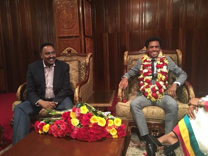 Ethiopie: après deux ans d'exil, le marathonien Feyisa Lilesa de retour au pays