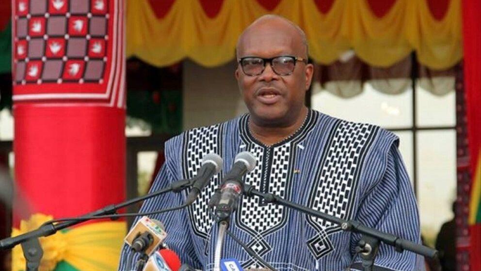 Titre: An V de l'insurrection au Faso: Pouvoir et opposition divisés sur le bilan de l'après-Compaore