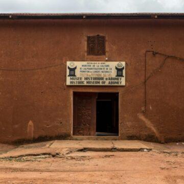 Restitution d'objets d'art: Le Bénin veut «bien faire les choses»