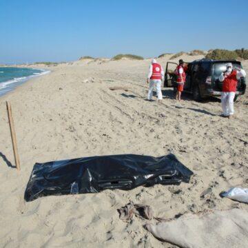 Libye: Corps de 62 migrants repêchés après le «pire» naufrage de l'année en cours