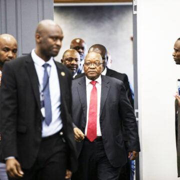 Afrique du Sud: L'ex-président Zuma dément tout lien «illégal» avec la famille Gupta
