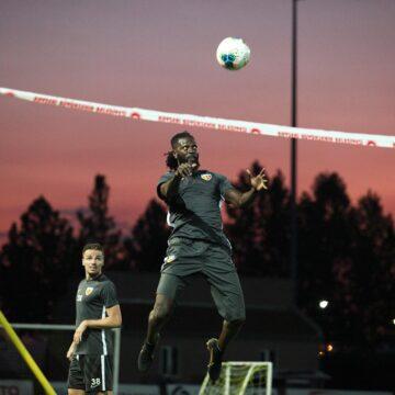 Carrière : Emmanuel Adebayor joue les prolongations et rejoint Asamaoh Gyan à Kayserispor