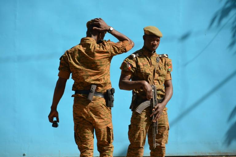 Burkina Faso: 24 morts dans l'attaque d'une base militaire lundi