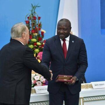 Le Burkinabè Lassina Zerbo désigné lauréat du ''Prix Nazarbayev pour un monde exempt d'armes nucléaires