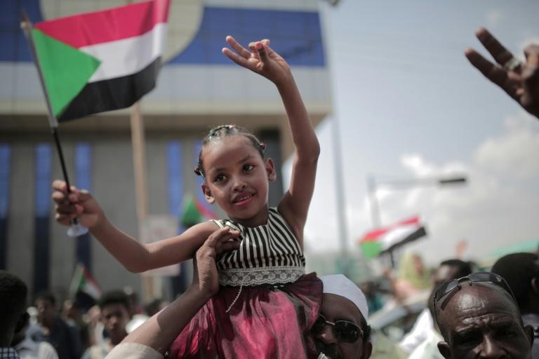 Une foule à Khartoum pour célébrer un «nouveau Soudan»