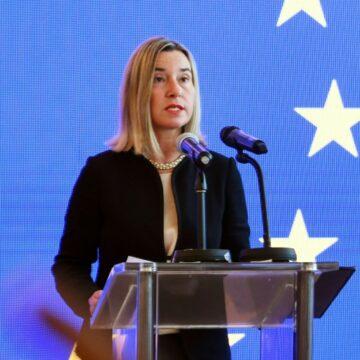 Libye: L'UE appelle à un cessez-le-feu et soutient l'émissaire de l'ONU