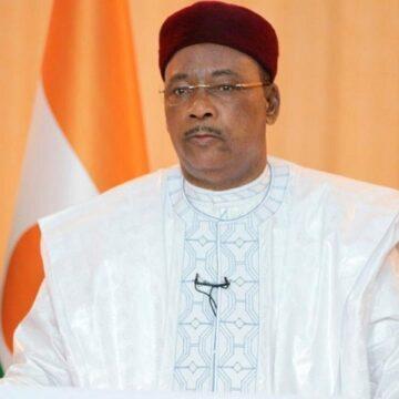 Insécurité dans le Sahel : Issoufou Mahamadou indexe la communauté internationale et plaide pour plus de moyens