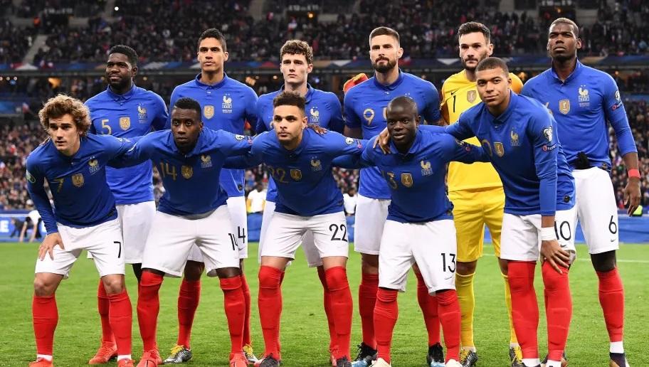Foot : les Bleus jouent ce mardi leur 100e match au Stade de France