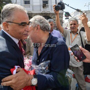 Tunisie: Deux candidats à la présidentielle se désistent