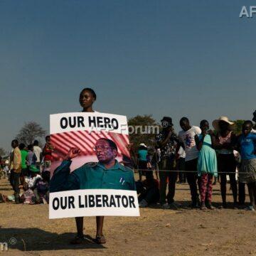 Nouveau rebondissement au Zimbabwe: Mugabe sera finalement enterré au village