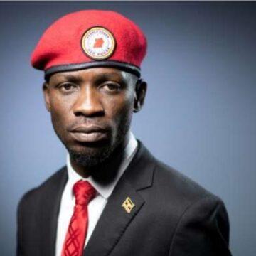 Le port du béret rouge n'est plus permis aux civils en Ouganda