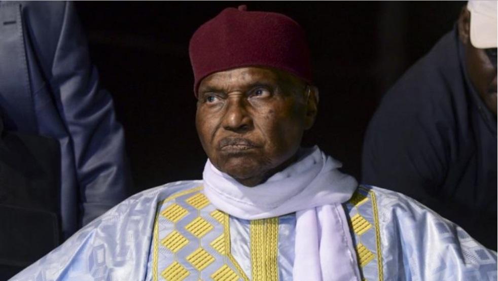Abdoulaye Wade démets Oumar Sall au sein du Front d Résistance Nationale