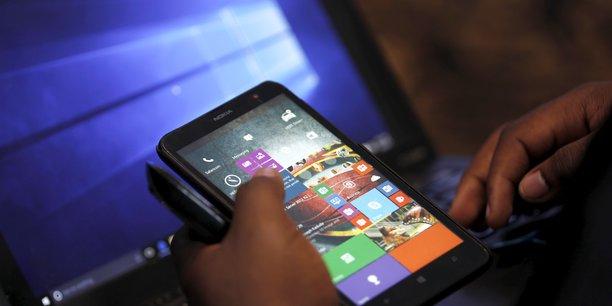 Comment l'argent mobile stimule la croissance économique et favorise l'inclusion financière en Afrique (VODACOM)