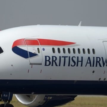 Après quatre années de rupture, l'Egypte accueille le premier vol britannique à Charm el-Cheikh