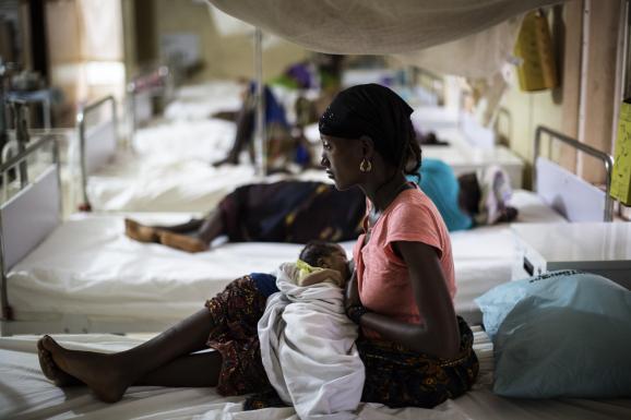 Sierra Leone : la cour de Justice de la CEDEAO ordonne la réintégration de milliers de filles enceintes exclues de l'école