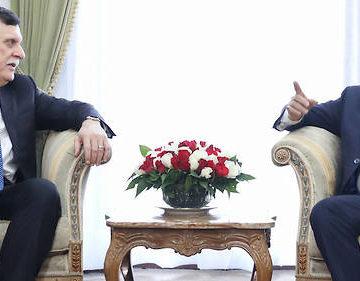 Al-Serraj étale la crise libyenne lors de sa visite en Algérie