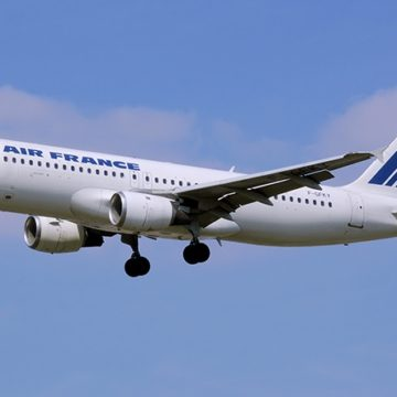 Plainte contre X en  Côte d'Ivoire après la mort d'un adolescent dans le train d'atterrissage d'un avion