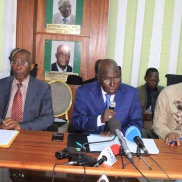L'opposition ivoirienne exhorte Alassane Ouattara à abandonner son projet de modification de la Constitution