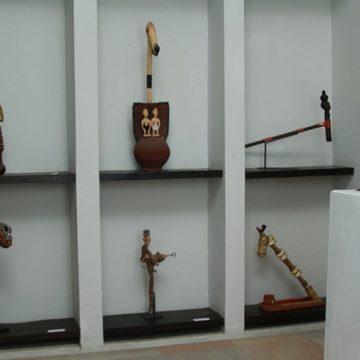 Restitution œuvres d'arts : le «Petit Musée de la Récade» près de Cotonou reçoit 27 objets traditionnels