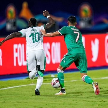 Riyad Mahrez encense Sadio Mané après son trophée « Ballon d'Or Africain 2019 »