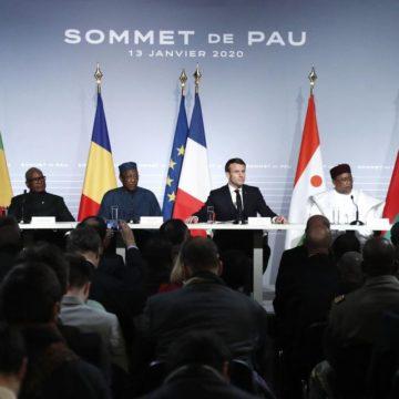 La France et le G5 Sahel soudent leurs forces militaires contre les jihadistes