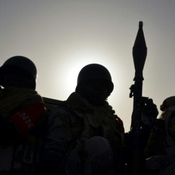 Niger: l'armée subit ses plus lourdes pertes à Chinégodar avec 89 soldats tués