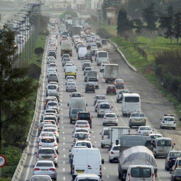 Nouveau drame routier au Maghreb: 12 morts dans un choc frontral entre bus en Algérie
