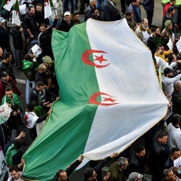 Algérie: la répression du «Hirak» se poursuit depuis la présidentielle
