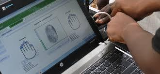 Niger : les citoyens voteront désormais avec des cartes d'électeur biométriques