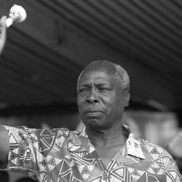 Kenyan : Des milliers de se recueillent devant la dépouille de l'ancien président Daniel arap Moi