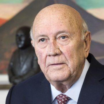 Afrique du Sud: l'ex-président de Klerk fait son mea culpa après avoir «nié» la gravité de l'apartheid