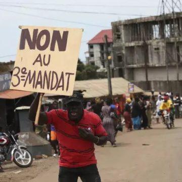 Couplage législatives et référendum : l'opposition guinéenne crie à la manœuvre politicienne