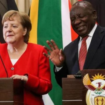 Le dossier libyen : un sujet de discussion entre Angela Merkel et Ramaphosa